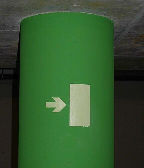 Peinture signalétique sortie de secour avec pigments photoluminescents ( phosphorescents)